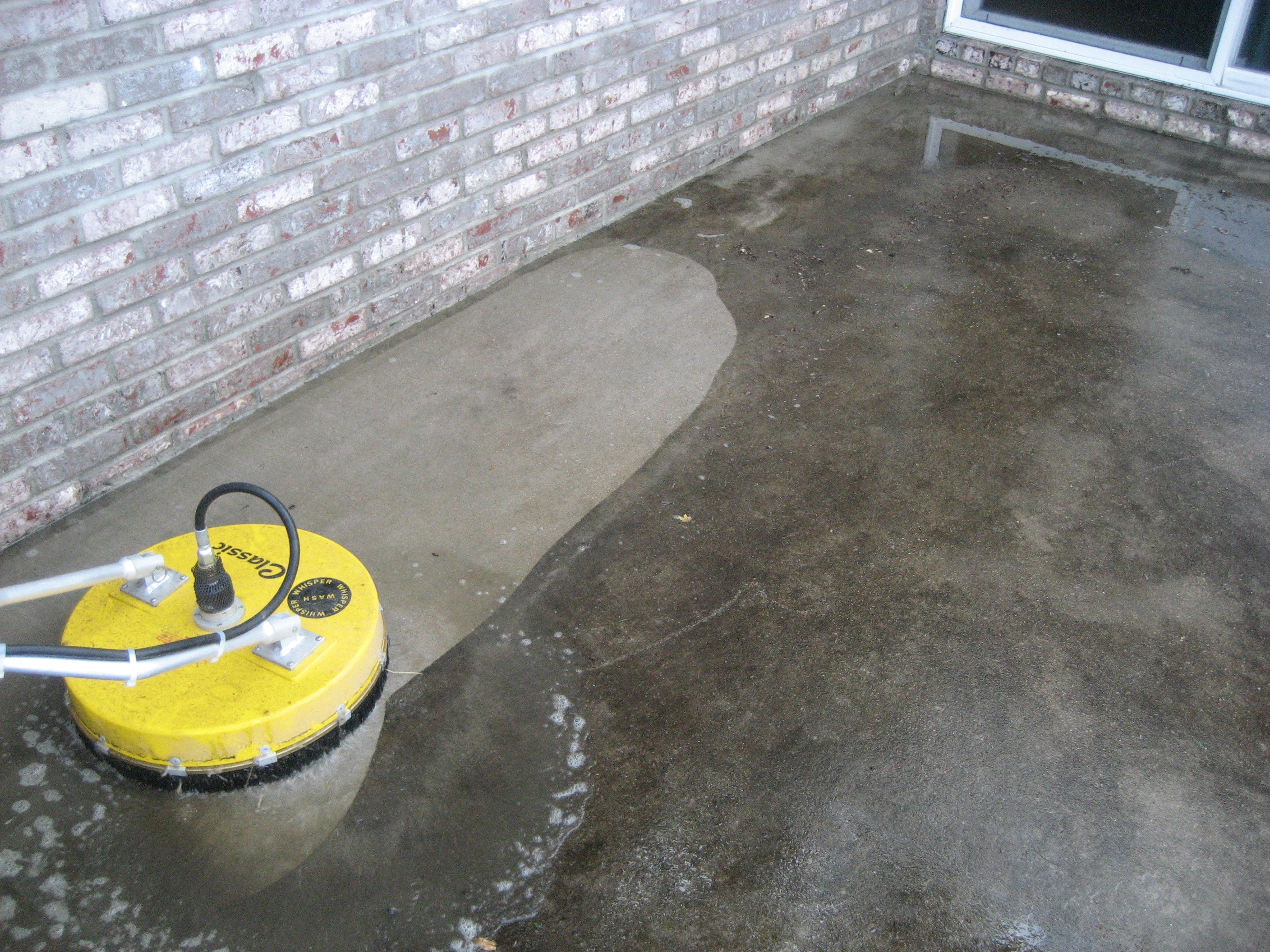 Driveway sidewalk cleaning seminole power wash for How do you clean concrete