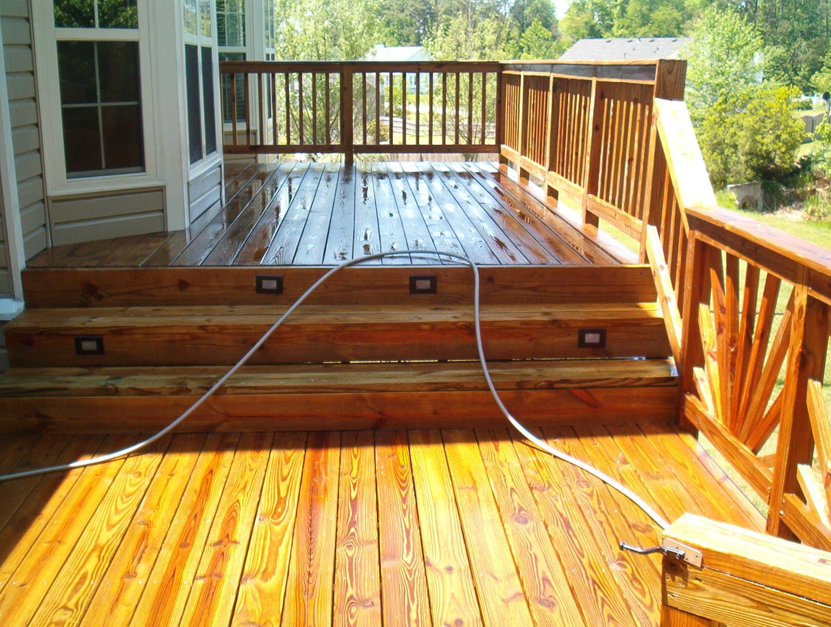 Power washing a deck - Deck Half Cleaned_full Pressure Washing